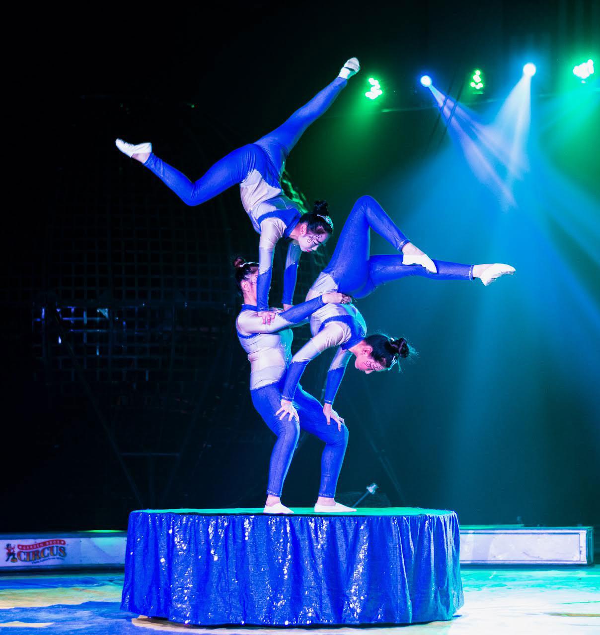 Garden Bros Circus Photo